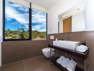2 bedroom Apartment in Primošten, Croatia - 5556833