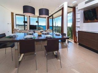 2 bedroom Apartment in Primošten, Croatia - 5556806