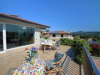 6 bedroom Apartment in Bobolino, Tuscany, Italy : ref 5556743