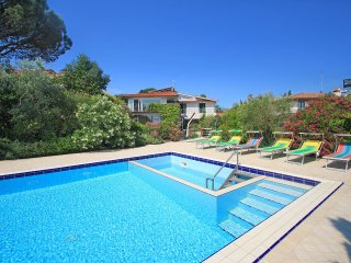4 bedroom Apartment in Bobolino, Tuscany, Italy : ref 5556775