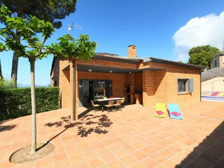3 bedroom Villa in Santa Ceclina, Catalonia, Spain - 5556754