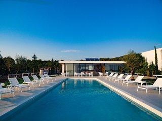 3 bedroom Villa in Primosten, Sibensko-Kninska Zupanija, Croatia : ref 5556665