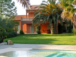4 bedroom Villa in Ramatuelle, Provence-Alpes-Cote d'Azur, France : ref 5556643
