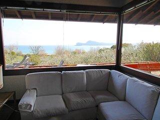 6 bedroom Villa in San Felice del Benaco, Lombardy, Italy : ref 5556577