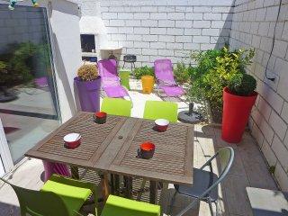 2 bedroom Apartment in La Grande-Motte, Occitania, France : ref 5556565