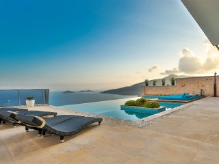 4 Yatak OdalI Villa Bluewings