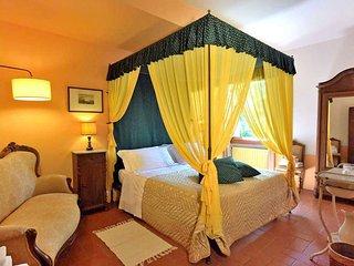 8 bedroom Villa in Stroppiello, Tuscany, Italy : ref 5556194