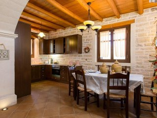 4 bedroom Villa in Atsipopoulo, Crete, Greece : ref 5555712