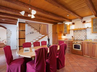 4 bedroom Apartment in Pinezici, Istria, Croatia : ref 5555664