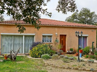 3 bedroom Villa in Grimaud, Provence-Alpes-Cote d'Azur, France : ref 5555503