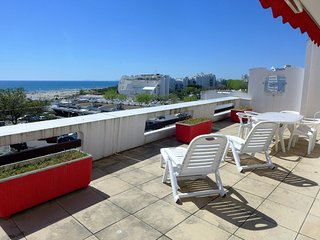 2 bedroom Apartment in La Grande-Motte, Occitania, France : ref 5555406