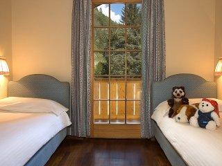 3 bedroom Apartment in Carisolo, Trentino-Alto Adige, Italy : ref 5554576