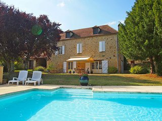 4 bedroom Villa in Foncene, Nouvelle-Aquitaine, France : ref 5554384