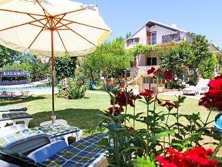 6 bedroom Villa in Sv. Filipi i Jakov, Zadarska Zupanija, Croatia : ref 5552778