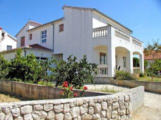 4 bedroom Villa in Zadar, Zadarska Županija, Croatia : ref 5552765