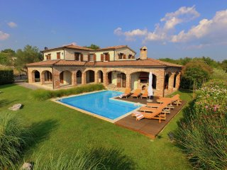4 bedroom Villa in Heraki, Istria, Croatia : ref 5552705