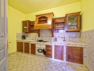 4 bedroom Villa in Mošćenička Draga, Primorsko-Goranska Županija, Croatia : ref