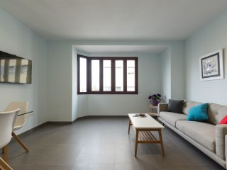 2 bedroom Apartment in Puerto-Canteras, Canary Islands, Spain : ref 5552246