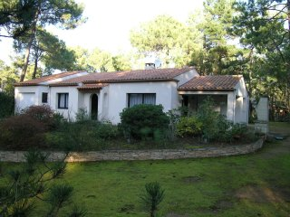 2 bedroom Villa in LAiguillon-sur-Mer, Pays de la Loire, France : ref 5552179