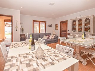 5 bedroom Villa in Capodimonte, Latium, Italy : ref 5552129