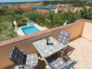 2 bedroom Villa in Rab, Primorsko-Goranska Zupanija, Croatia : ref 5551793