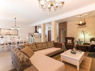 4 bedroom Villa in Dubrava, Šibensko-Kninska Županija, Croatia : ref 5551787