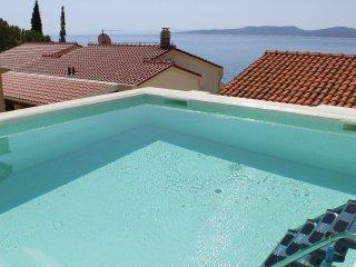 3 bedroom Villa in Fistanici, Splitsko-Dalmatinska Zupanija, Croatia : ref 55517