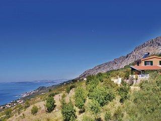 3 bedroom Villa in Sumpetar, Splitsko-Dalmatinska Županija, Croatia : ref 555174