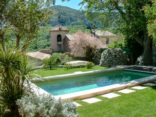 2 bedroom Villa in Mimet, Provence-Alpes-Cote d'Azur, France : ref 5551584