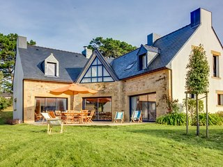4 bedroom Villa in La Trinite-sur-Mer, Brittany, France : ref 5551582