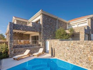 3 bedroom Villa in Krk, Primorsko-Goranska Županija, Croatia : ref 5551510