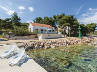 3 bedroom Villa in Zman, Zadarska Zupanija, Croatia : ref 5551351