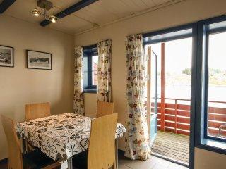 2 bedroom Apartment in Nautnes, Hordaland Fylke, Norway : ref 5551308