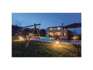 5 bedroom Villa in Valtura, Istria, Croatia : ref 5551062