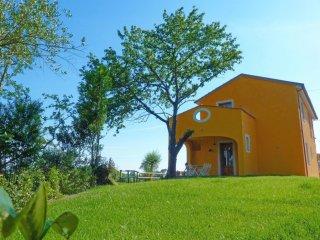 3 bedroom Villa in Torre del Lago Puccini, Tuscany, Italy : ref 5551007