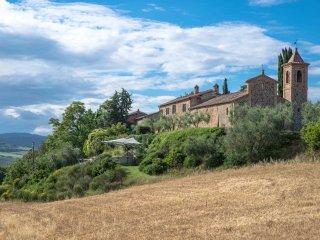 4 bedroom Villa in Stazione di Monte Antico, Tuscany, Italy : ref 5551006
