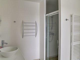 4 bedroom Villa in Bormes-les-Mimosas, Provence-Alpes-Cote d'Azur, France : ref