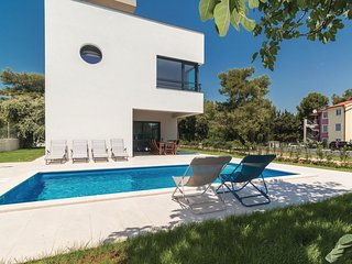 4 bedroom Villa in Premantura, Istria, Croatia : ref 5550957