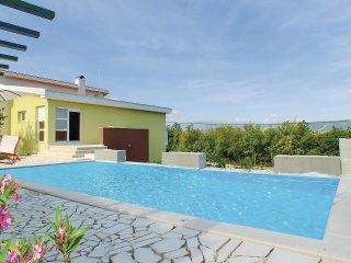 5 bedroom Villa in Karini, Splitsko-Dalmatinska Županija, Croatia : ref 5550925