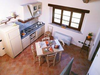 2 bedroom Apartment in Fiordini, Latium, Italy : ref 5550878