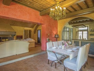 5 bedroom Villa in Valle d'Inferno, Tuscany, Italy : ref 5550611