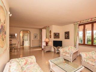 3 bedroom Villa in Padenghe sul Garda, Lombardy, Italy : ref 5550596