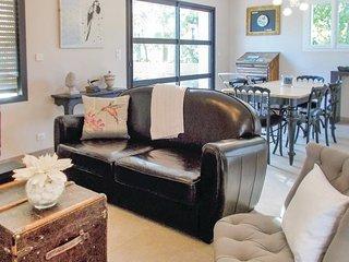 3 bedroom Villa in Saint-Romain-en-Viennois, Provence-Alpes-Cote d'Azur, France