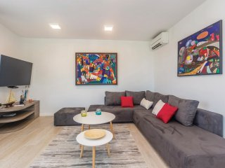 2 bedroom Apartment in Vantacici, Primorsko-Goranska Zupanija, Croatia : ref 555