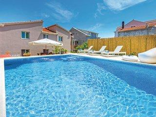 6 bedroom Apartment in Čibača, Dubrovačko-Neretvanska Županija, Croatia : ref 55