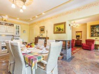 4 bedroom Villa in Omisalj, Primorsko-Goranska Zupanija, Croatia : ref 5550136