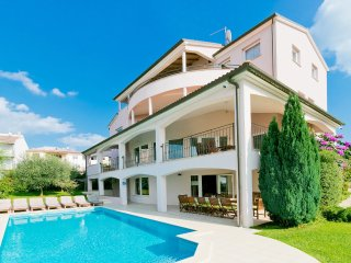 8 bedroom Villa in Stinjan, Istria, Croatia : ref 5545350