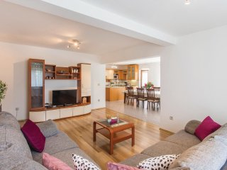 4 bedroom Villa in Krizanici, Istria, Croatia : ref 5550075