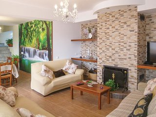 6 bedroom Villa in Sayalonga, Andalusia, Spain : ref 5549924