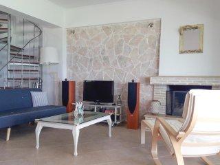 4 bedroom Villa in Anatolí, Peloponnese, Greece : ref 5549768